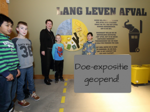 Doe-expositie LANG | LEVEN | AFVAL van de gemeente Assen feestelijk geopend